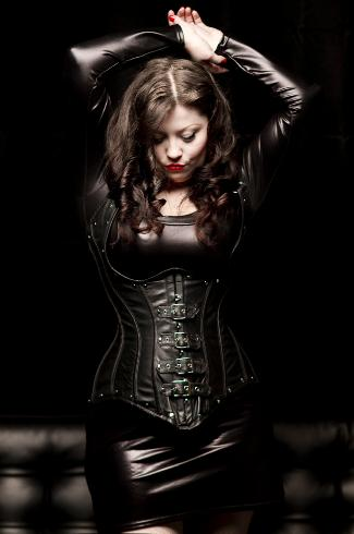 Dominatix in leather corset